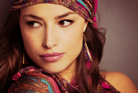 Western-accessories-that-can-add-to-your-Festive-Indian-Outfit_fortheladies